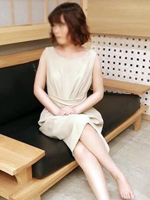 蒲田人妻デリヘル【熟女の風俗最終章 蒲田店】新人 なつ
